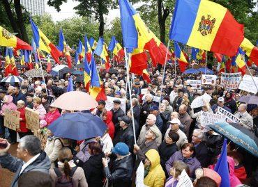 Молдова: давление на гражданское общество растет; правительство не оставляет попыток изменить избирательную систему