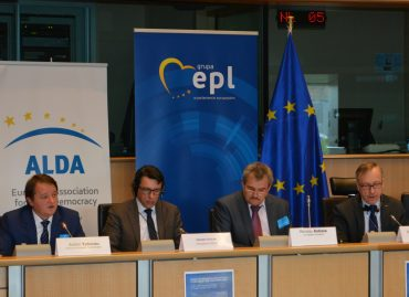Panel Discussion on Dialogue between Citizens and Institutions Held at the European Parliament