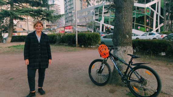 #StoriesAboutFellows: Lika Merabishvili – a Georgian woman who strives to promote cycling in Tbilisi with EU support